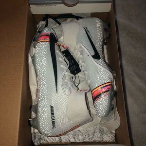 Nike SuperFly 6 Elite FG (Brand New) Soccer cleats